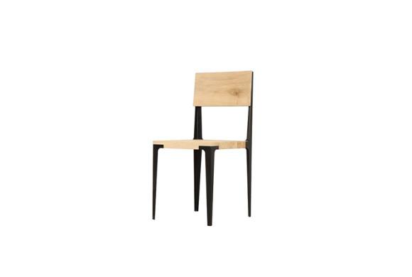 Tau chair